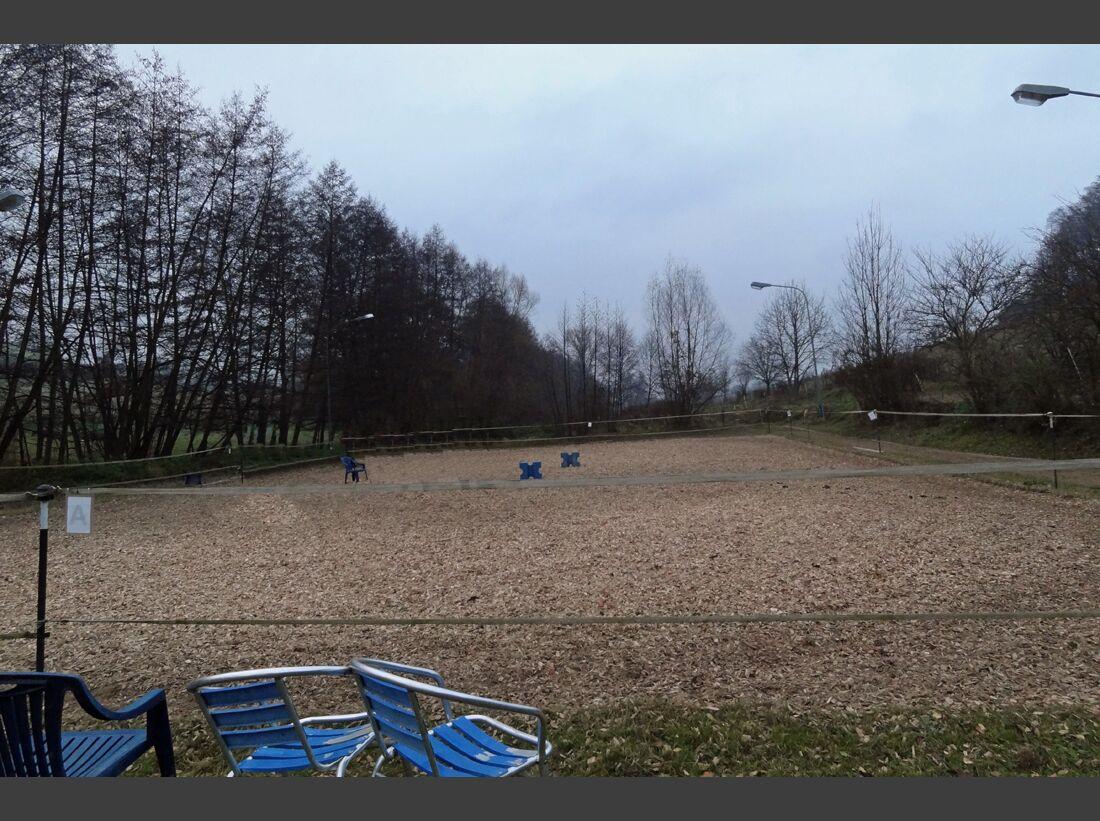 CAV-0212-Reitschultest-Hessen-Kiefernhof-Reitplatz (jpg)