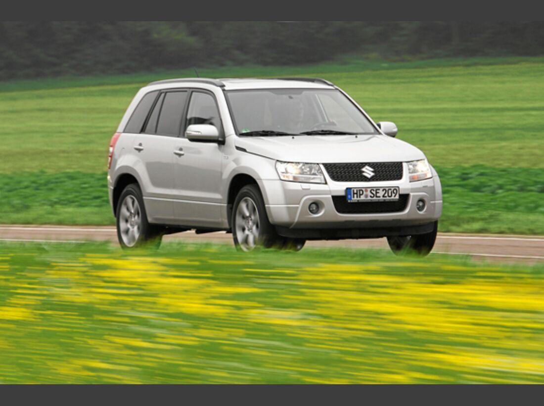 CAV 0911 Zugfahrzeuge perfektes Auto - SUV - Suzuki Grand Vitara