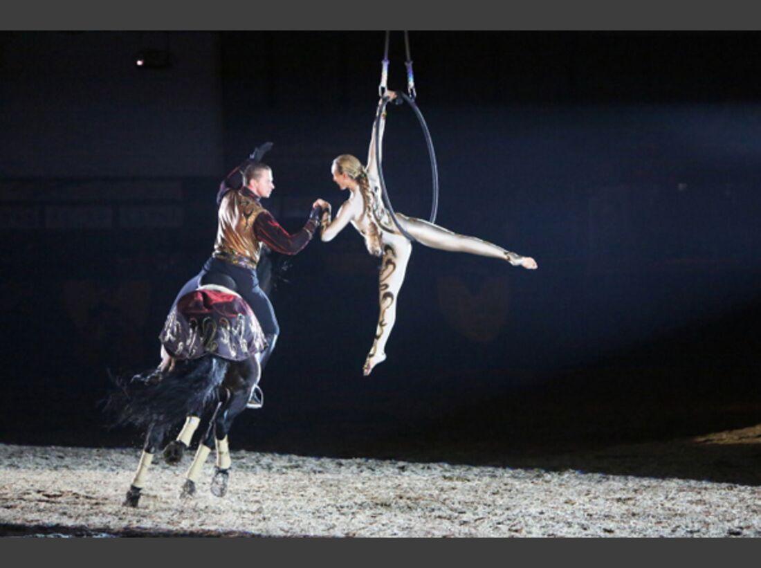 CAV Oliver Jubin Tanzende Beine Show 13