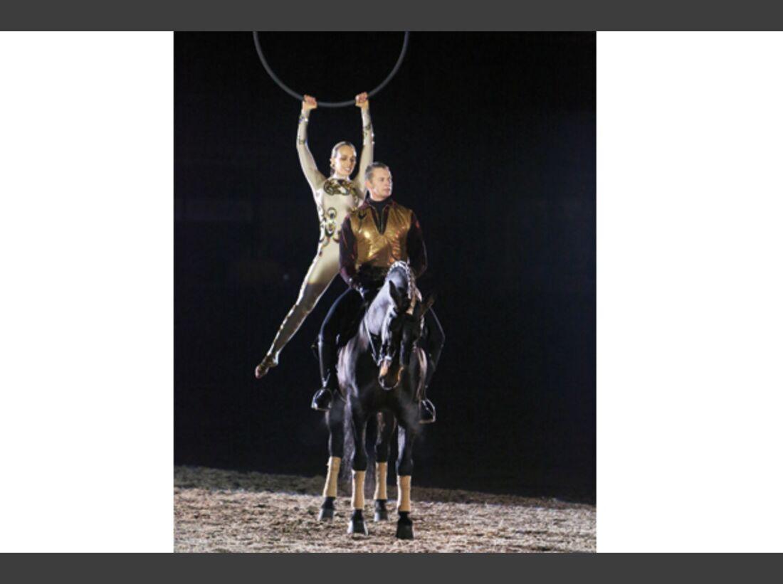CAV Oliver Jubin Tanzende Beine Show 4