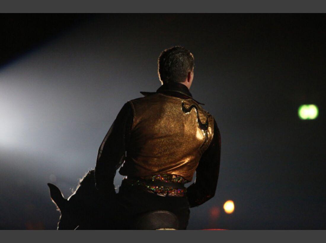 CAV Oliver Jubin Tanzende Beine Show 8