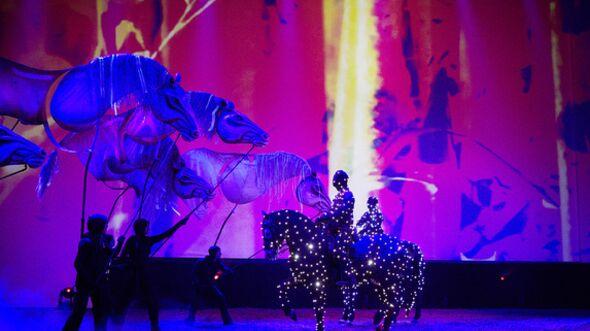 CAV Pferde-Show André Heller Magnifico 01