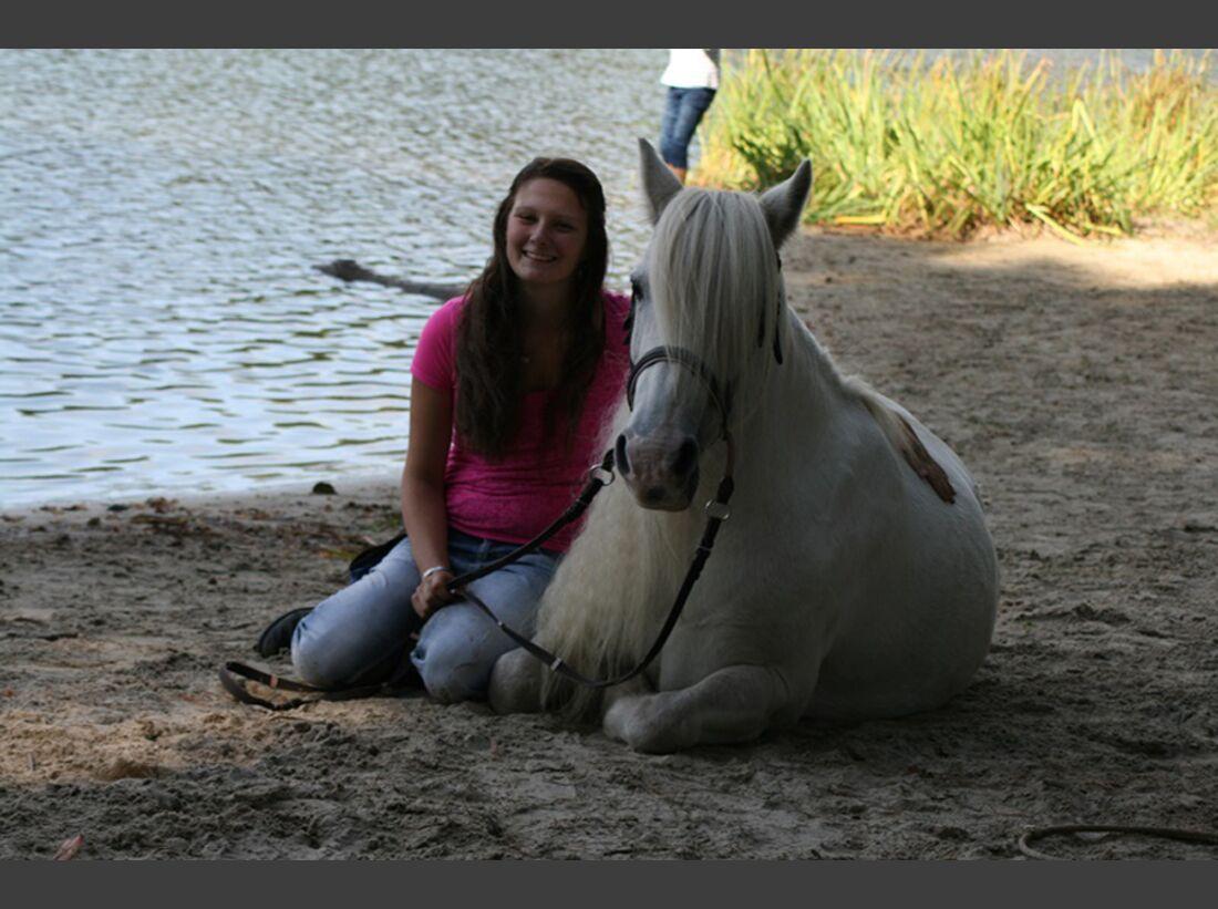 CAV Wasser Pferde Baden Leserfotos Vanessa Brosius